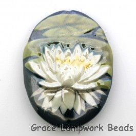 PF023040 - 30x40mm Porcelain Puffed Oval Waterlily