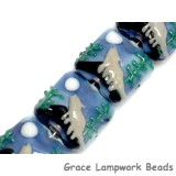 10414514 - Four Howling at the Moon Pillow Beads