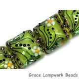 10508414 - Four Spring Green Florals Pillow Beads