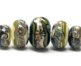 10305811 - Five Graduated Green w/Ivory Japanese Kimono Beads