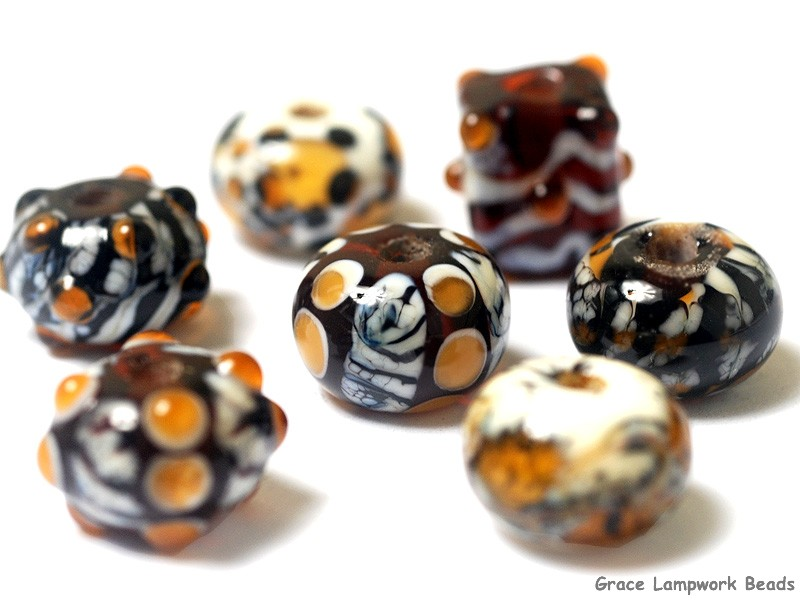 Lampork glass beads with Giraffe artisan focal unique beads focal Handmade lampwork glass bead giraffe pendant safari wild Murano bead