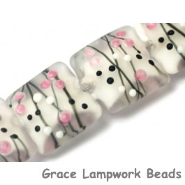 10109614 - Four Champagne Party Pillow Beads