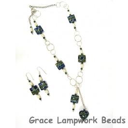 10406504 Deep Ocean Blue w/Silver Necklace & Earring Set