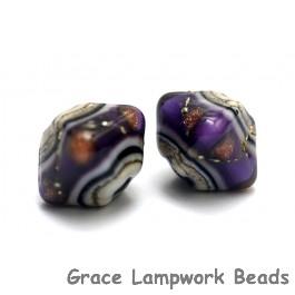 10604507 - Five Sugilite Ridge Crystal Shaped Beads