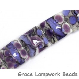 10605204 - Seven Lavender Rock River Pillow Beads