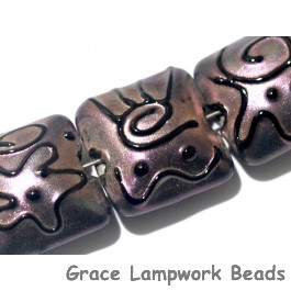 11204504 - Seven Light Purple Pearl Surface Pillow Beads