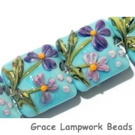 11605814 - Four Kiley's Bouquet Pillow Beads