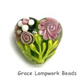 11812005 - Pink Rose w/Green Leaf Heart