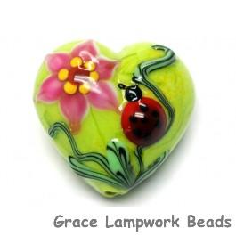 11833125 - Ladybug on Spring Green Heart (Large)