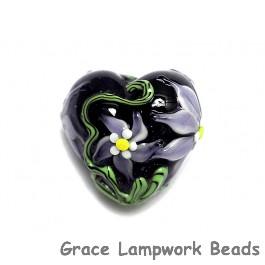 11838105 - Lilac's Elegance Heart