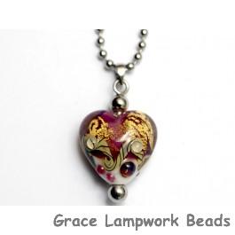 HN-11818405 - Cranberry Treasure Heart Necklace