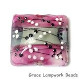 11835704 - Diva Party Pillow Focal Bead