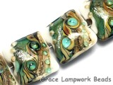 10505814 - Four Mint Stardust Pillow Beads