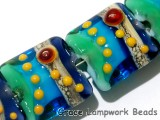 11007204 - Seven Gouldain Finch Pillow Beads