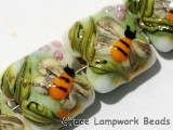 11007304 - Seven Bumble Bee Garden Pillow Beads