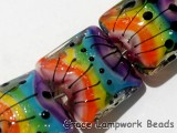 11008204 - Seven Rainbow Balloons Pillow Beads