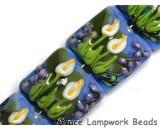 10413314 - Four Calla Lily Lake Pillow Beads