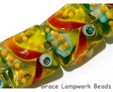 11007104 - Seven Amazon Parrot Pillow Beads