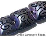 11204704 - Seven Purple Pearl Surface Pillow Beads